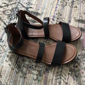 Naturalizer Sandals Black Size 8